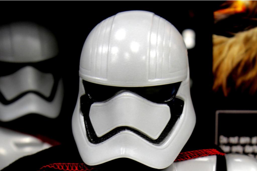 Se Star Wars på et ordentligt fjernsyn